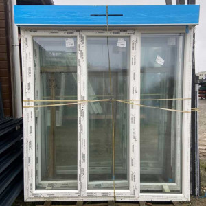 Porte-fenêtre PVC 2 ouvrants + 1 fixe - Crémone - Mastock Nivillac